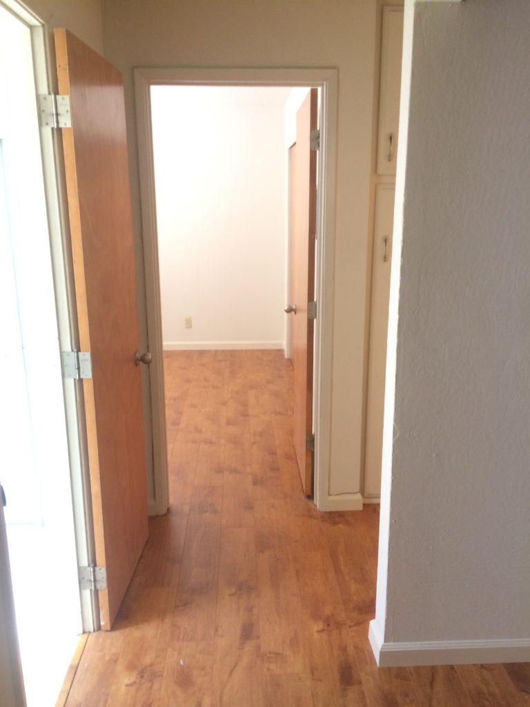 1282 W. McKinley Ave. #1- Hallway