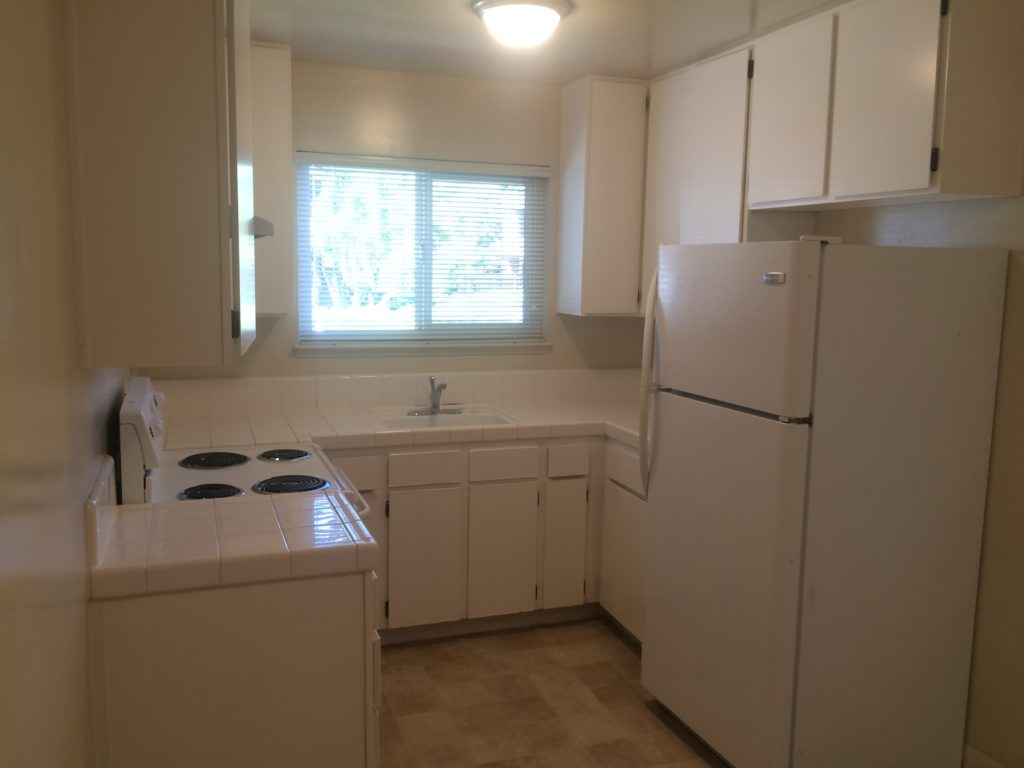 1282 W. McKinley Ave. #1-Kitchen