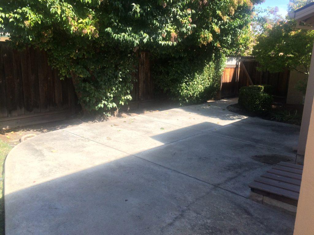 675-colorado-ave-backyard-pic-2
