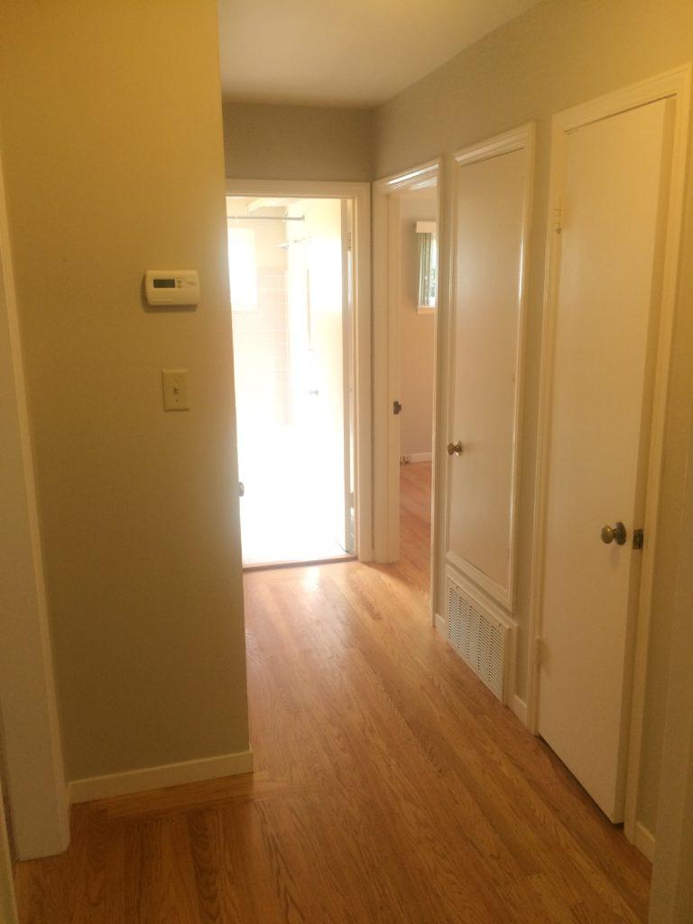 675-colorado-ave-hallway