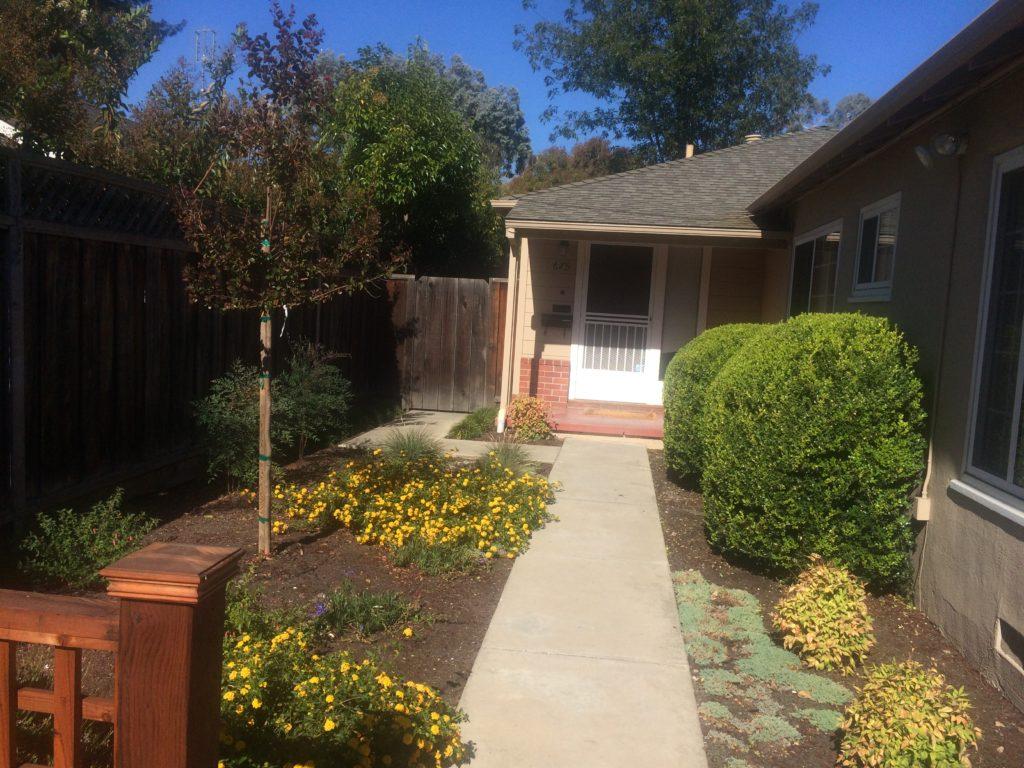675-colorado-front-walkway